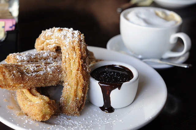 churros-and-chocolate