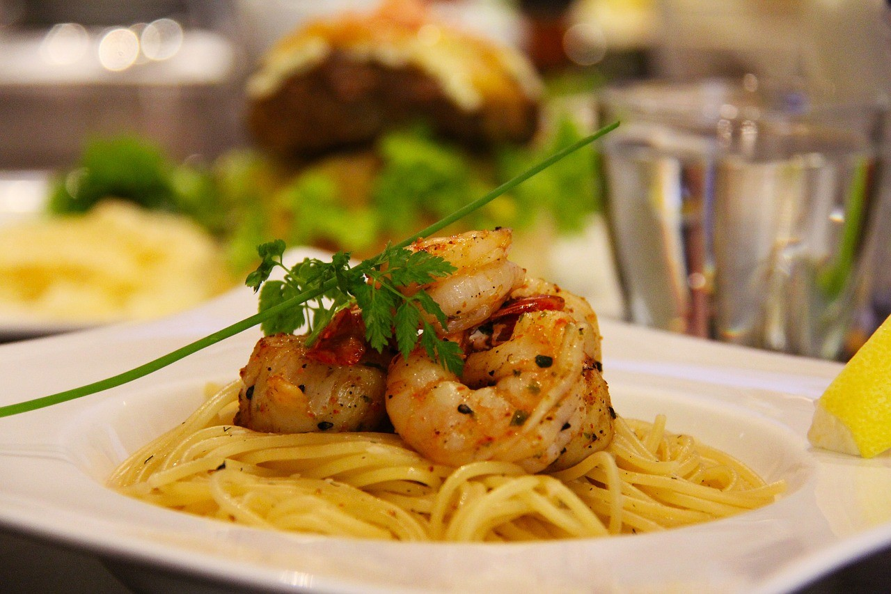 pasta-saffron-and-prawns