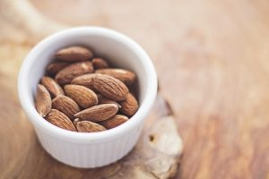 almond-milk-recipe-2-e1466112151849