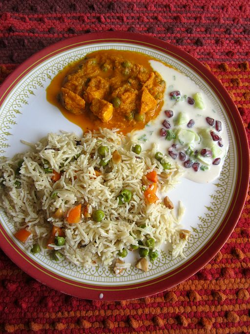 Paneer_Curry_Rice_Raita_Thali-min
