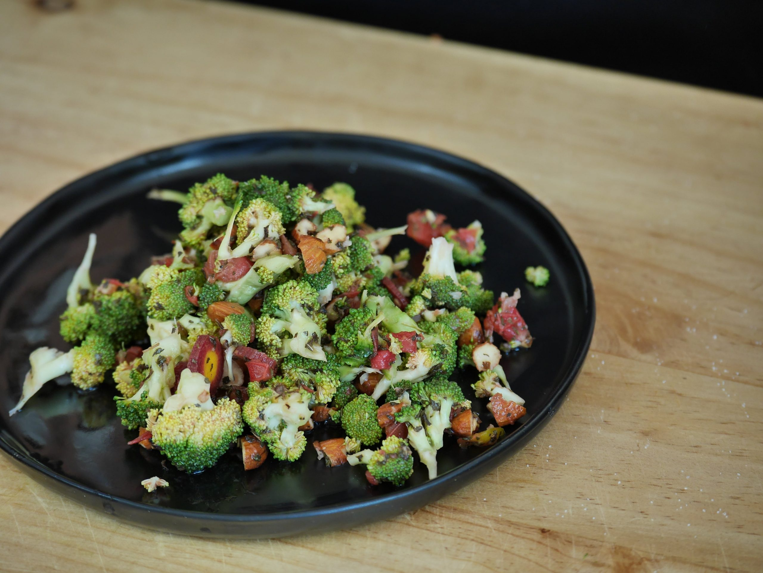 healthy-broccoi-salad-recipe